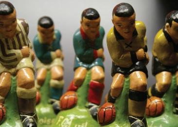 Voetballertjes in plaaster